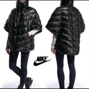 Nike Cascade Down a Puffer Women's Poncho Jacket